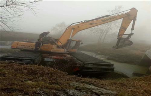 湖南邵阳双清水陆两用挖机出租专业水陆挖机采购