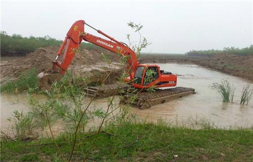 上海南汇区水上船挖机出租大型水上钩机类型