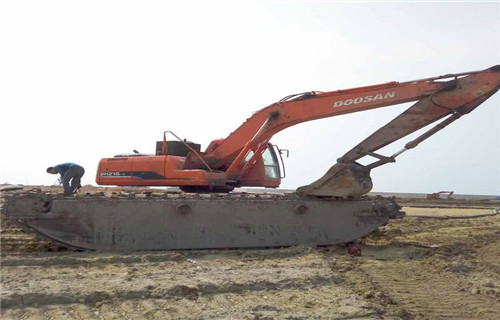 浙江台州水陆挖机出租是什么