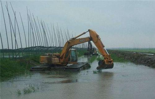 湖北仙桃仙桃水上船挖机出租大型水上钩机批发价