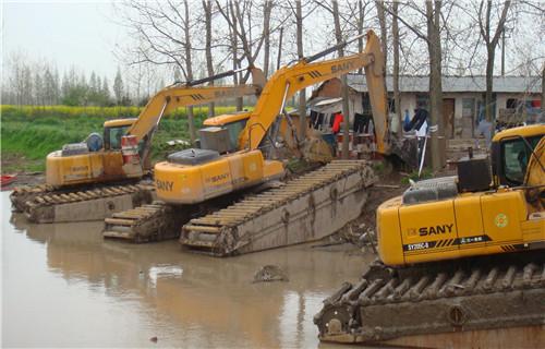 湿地挖掘机出租苏州吴中水上挖机浮箱销售商
