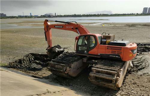 水挖机出租荆门掇新款水陆两用挖机厂家|欢迎来电