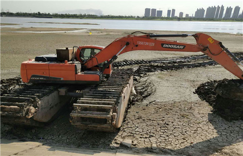 水上挖机租赁日喀则地区亚东水上挖机浮箱多少钱