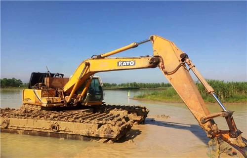 青海玉树藏族自治州玉树水陆挖掘机出租2019水路两栖挖机欢迎来电